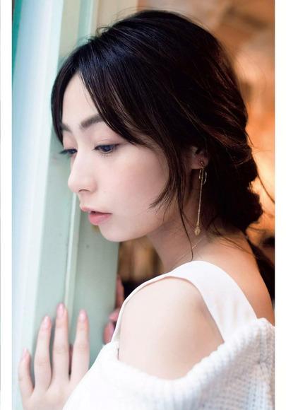 190526宇垣美里の爽やかなグラビア画像003