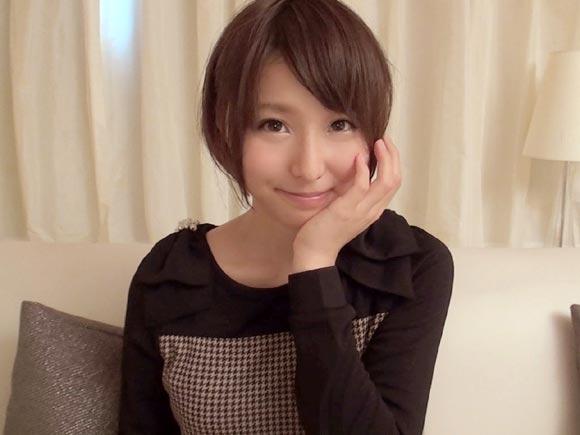 本田翼系ショートカット美少女