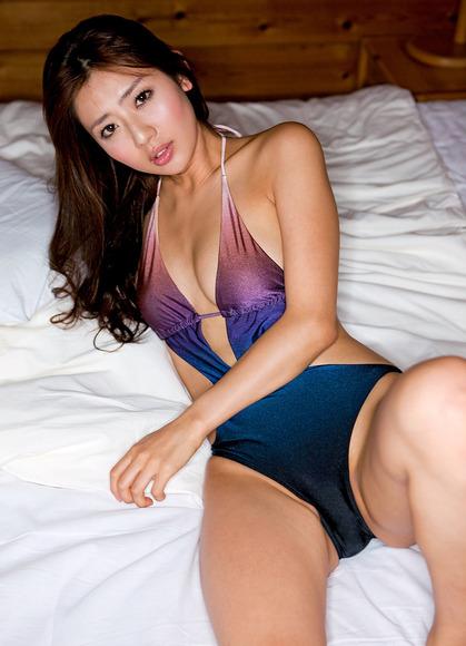 滝川綾021