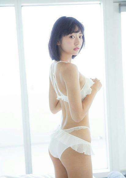 190612武田玲奈のエロ画像011