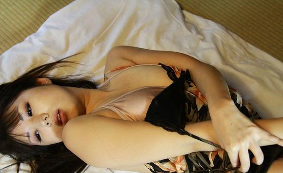 乳首透け画像001