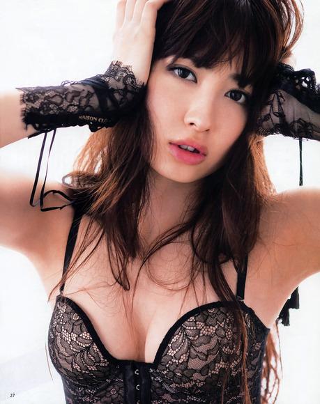 大島優子と小嶋陽菜のan・an画像017