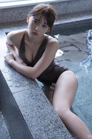 171116浅川梨奈010