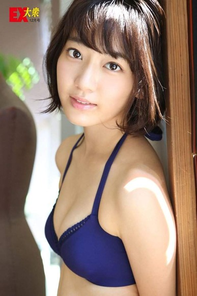 宮脇咲良の画像036
