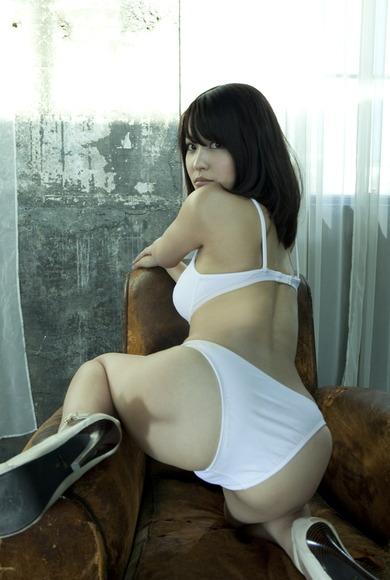 131116岸明日香_お尻013