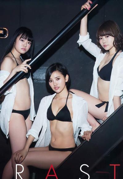 HKT水着で集合グラビア003