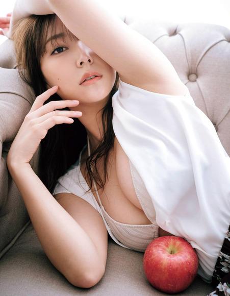 201001白間美瑠の画像002