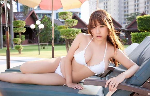 西田麻衣の画像018