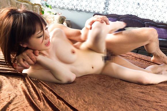 鈴村あいりの中出しセックス画像003