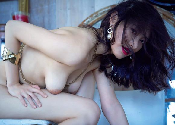 200812染谷有香のエロ画像004
