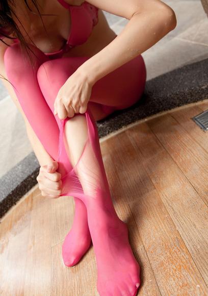 ピンクのパンスト美女002