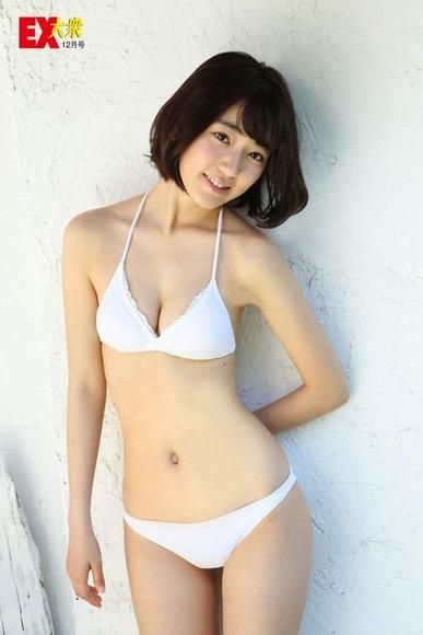 宮脇咲良の画像035