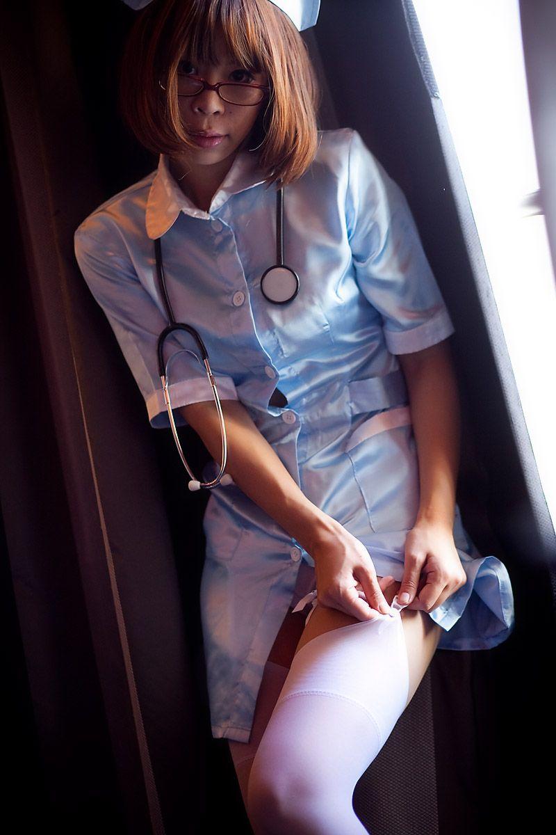 エッチで優しい看護婦さんの画像008