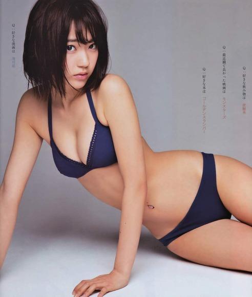HKT宮脇咲良のグラビア画像056