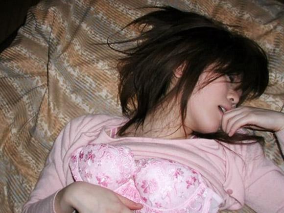 ●素人女子●生 ラブホでイチャ×②しながら撮ったプライベート生画像のエ□さがハンパじゃない件wwwwwww