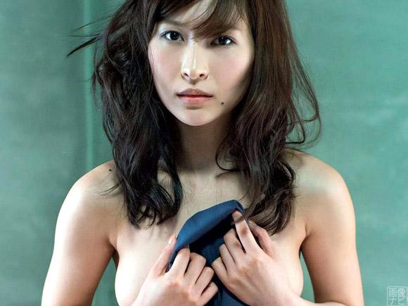 和久井雅子(わくいまさこ)のグラビア画像