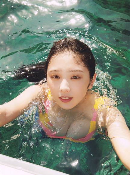 200527与田祐希の凄すぎるビキニスタイル002