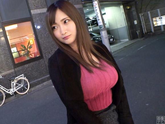 25歳巨乳女子