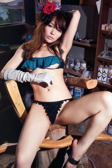 AV女優Rioのエロ画像025