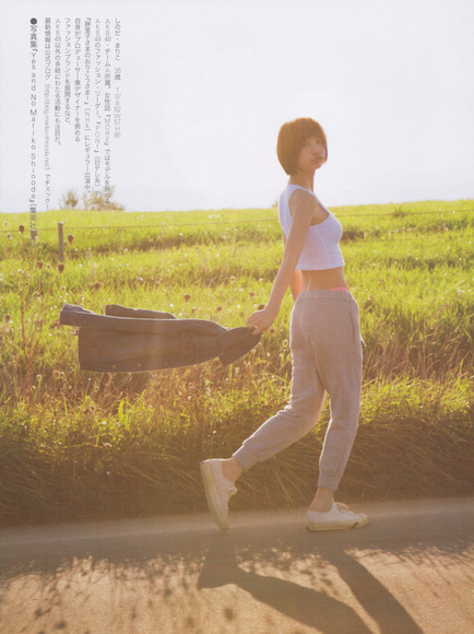 篠田麻里子025