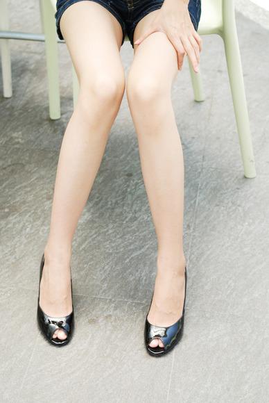 脚だけで抜ける生脚フェチ画像022