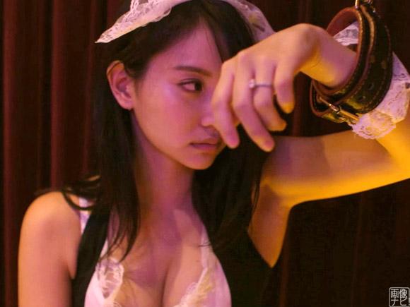 SM系のプレイが楽しめるラブホテルに連れ込まれて撮影までされちゃってるAV女優役の永尾まりや