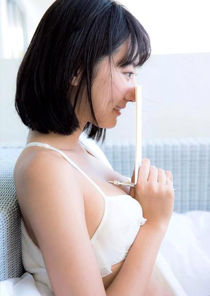 170801武田玲奈の大人なグラビア画像008
