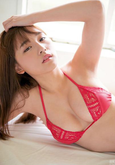180831浅川梨奈のエロ画像004