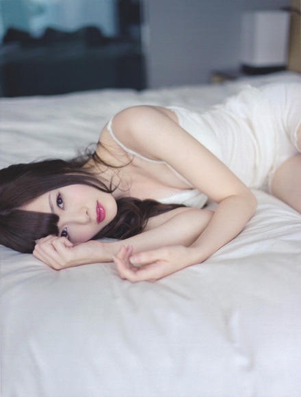白石麻衣のエロ画像013