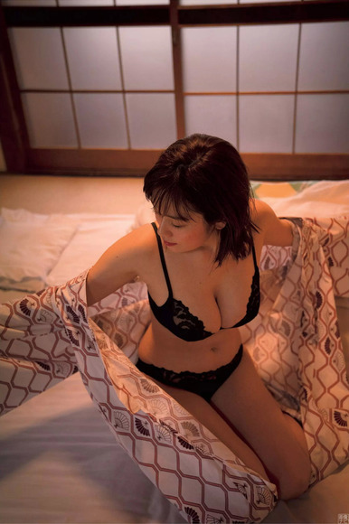 181224筧美和子のエロ画像012