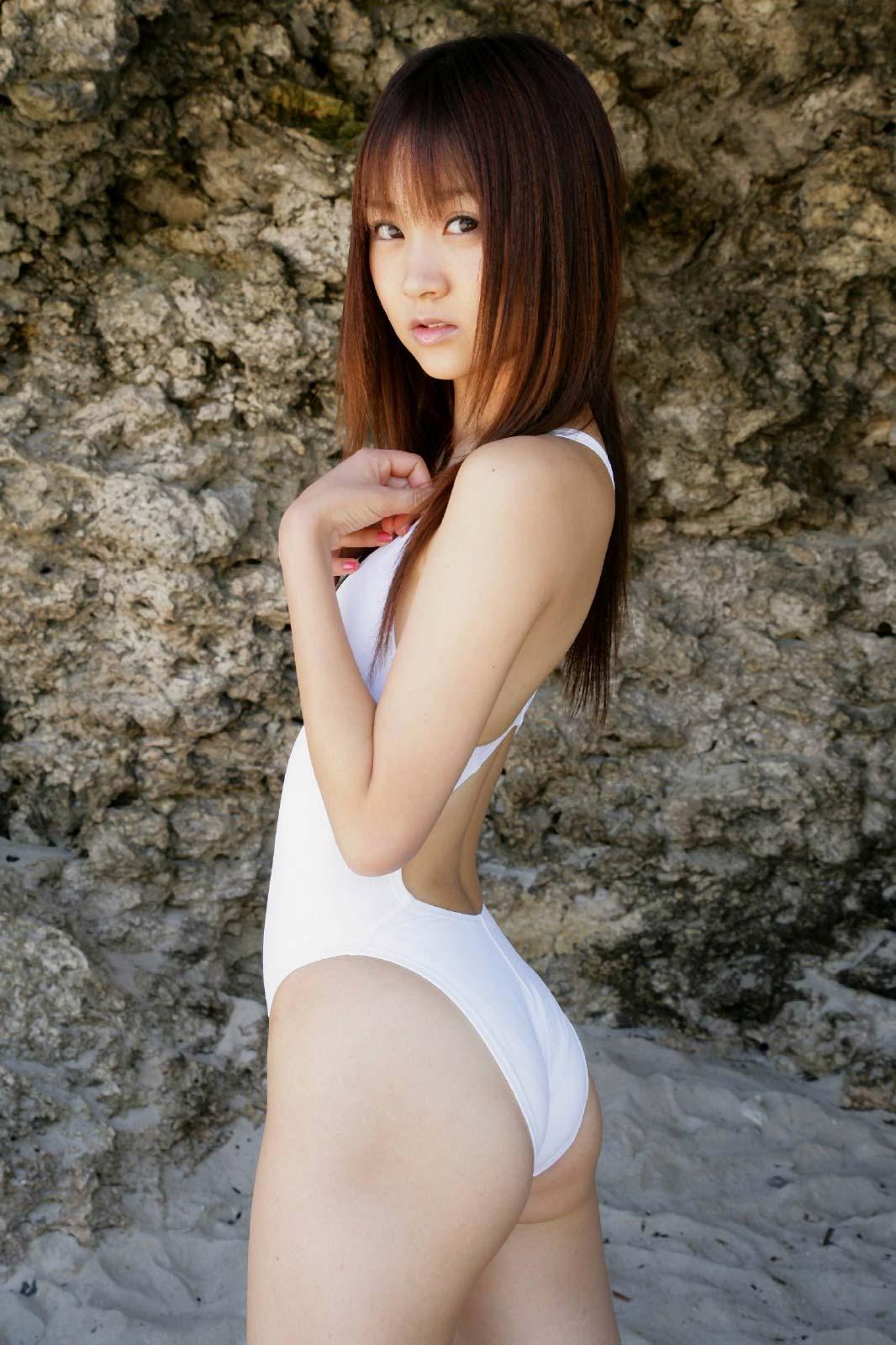 【30枚】浜田翔子の競泳水着コレクション画像10