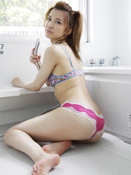 戸田れいの尻フェチ画像017