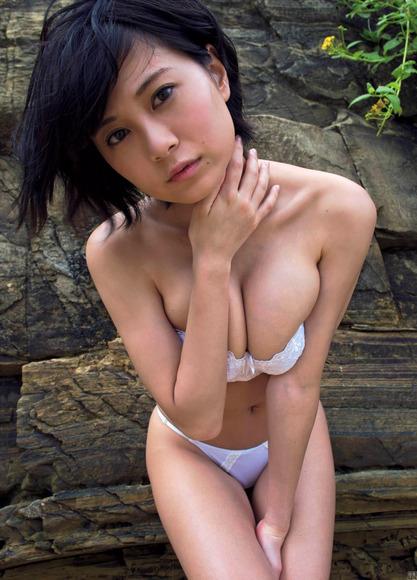 200816RaMuのエッチなグラビア画像003