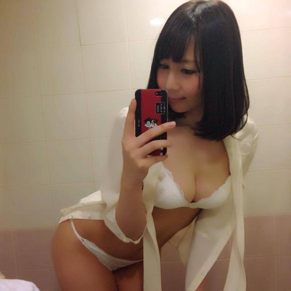 吉田早希019