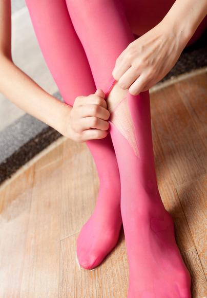 ピンクのパンスト美女001