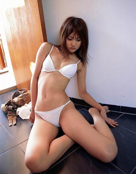 浜田翔子140208046