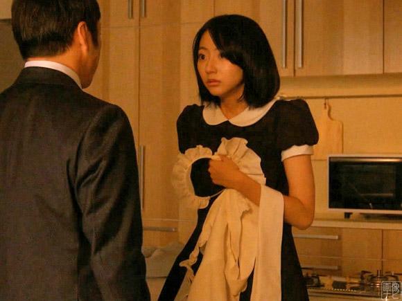 メイドコスの武田玲奈が強引に襲われる衝撃のエロシーン