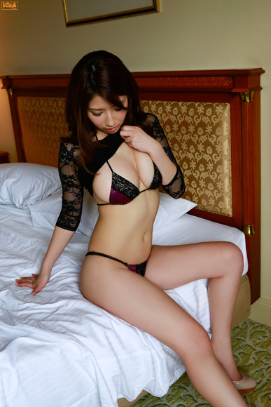 big_boobed_girl036