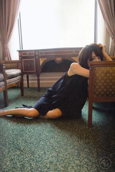 橋本奈々未の美脚画像009