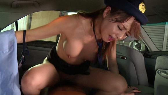吉沢明歩の婦警コスセックス画像038
