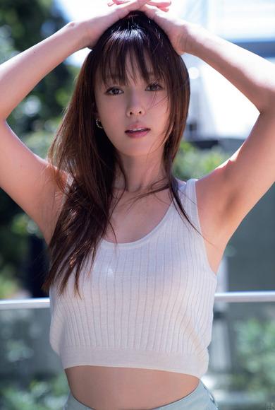 201129深田恭子の画像008