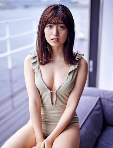 201021吉田莉桜004