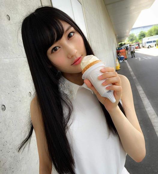 矢倉楓子の写真と画像001