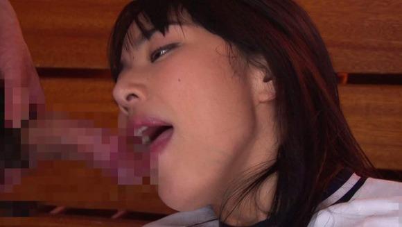 由愛可奈のフェラ画像009
