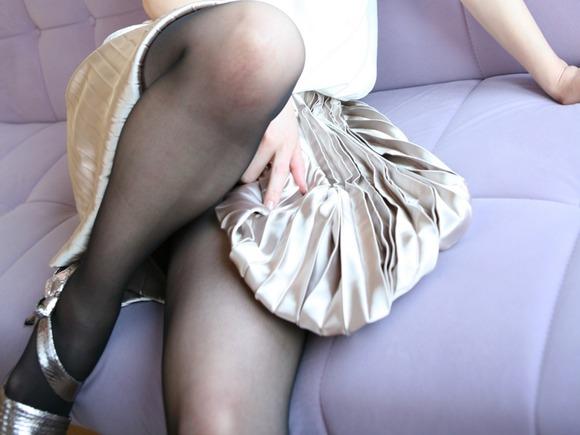 スカートと綺麗な脚009