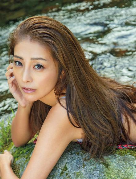 201210熊切あさ美の画像006