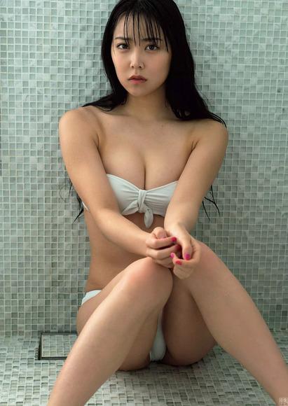 180821白間美瑠のセクシーグラビア画像003