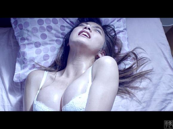 かつてドラマでオナニーシーンも見せた池田エライザ