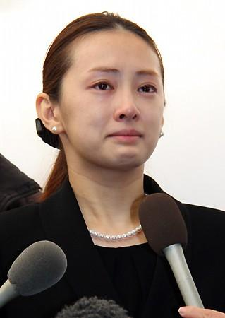 しかしこの北川景子は葬式の時の姿を思い出させるな