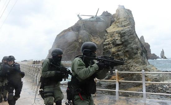 竹島沖で軍事訓練